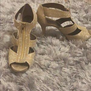 Gold Sparkles Moda Heels